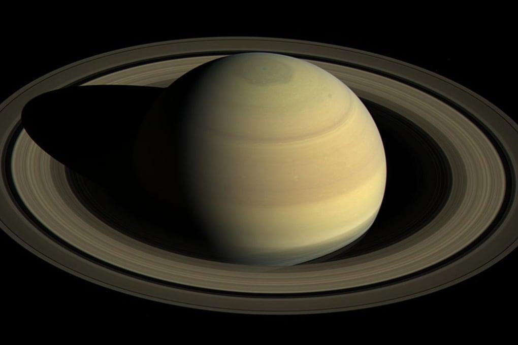 Le ultime rivelazioni della sonda Cassini prima di schiantarsi su Saturno