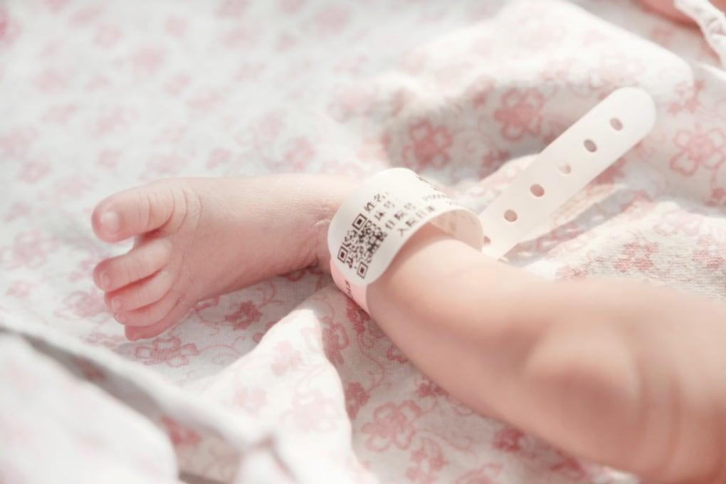 Aborti selettivi: mancano all'appello 23 milioni di bambine