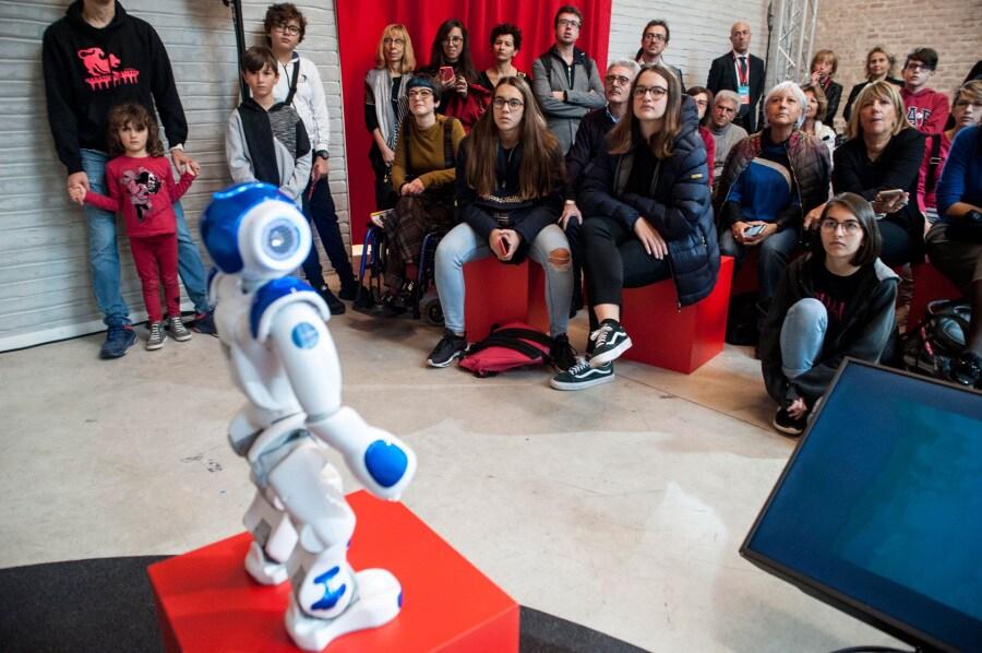 11-09_focus-live_dsc9872_robot
