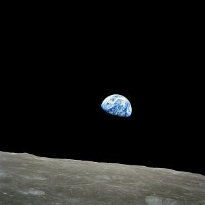 Apollo 8, Earthrise: la Terra vista dallo Spazio