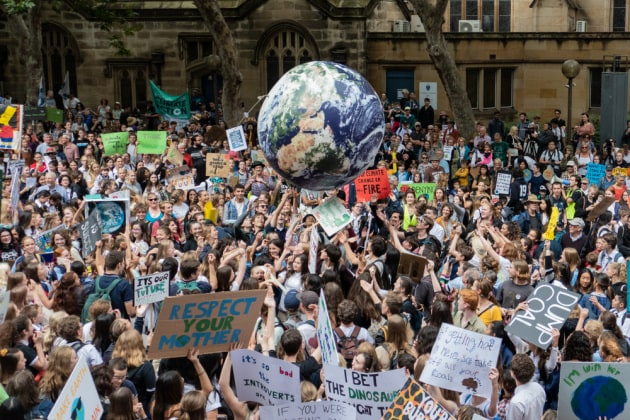 YouTube e cambiamenti climatici: la maggior parte dei video dà spazio a teorie complottistiche
