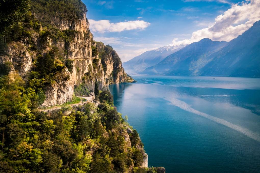 La rotazione terrestre rimescola le acque del Lago di Garda