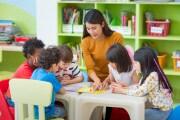 insegnante-bambini