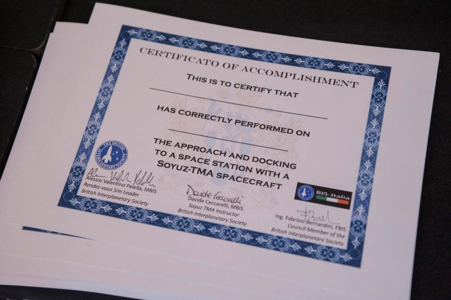 11-09_focus-live_dsc0032_docking-diploma