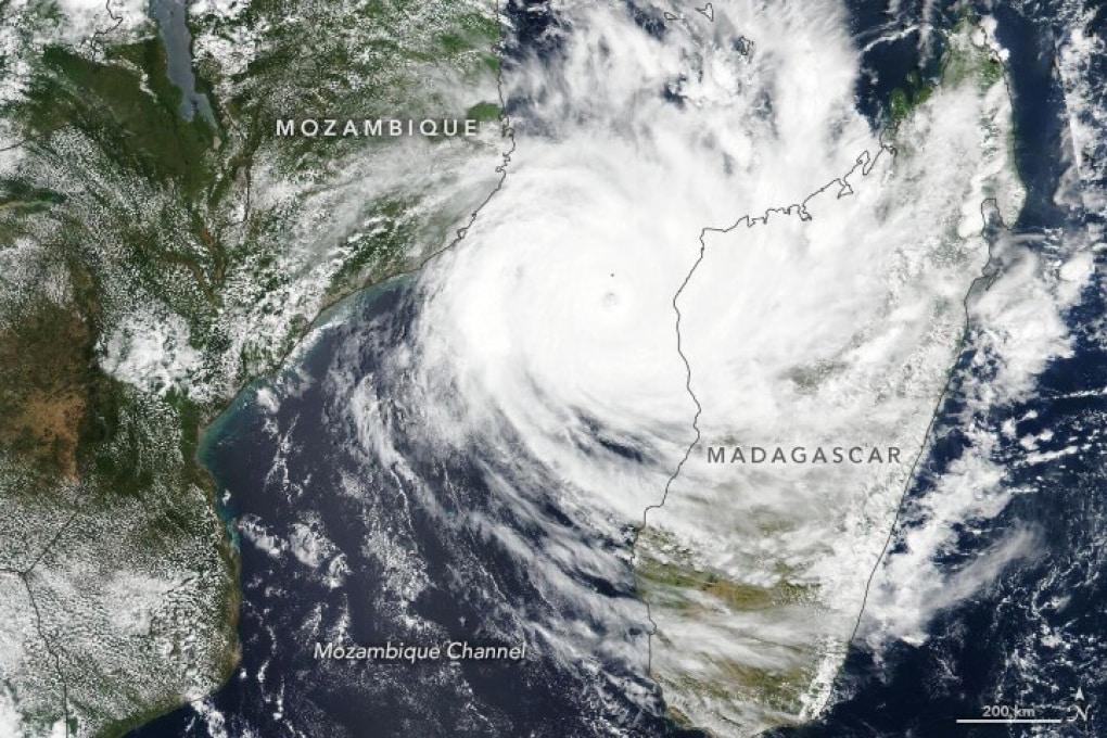 L'inattesa serie di violenti cicloni sull'Oceano Indiano