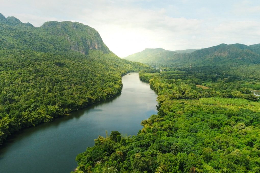Grandi fiumi che scorrono liberi fino al mare? Non ce ne sono (quasi) più