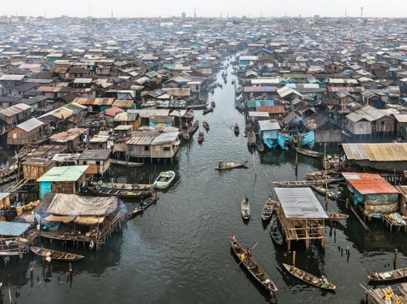 antropocene - Nigeria: baraccopoli di Makoko