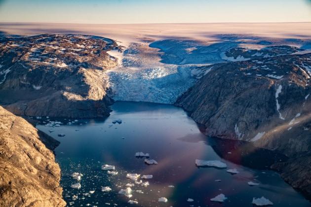 Si sciolgono i ghiacci della Groenlandia: 197 miliardi di tonnellate perse in un mese