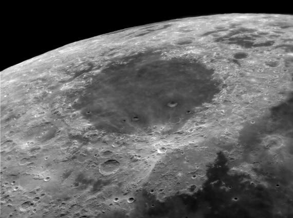Luna: il Mare Crisium