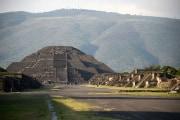piramide-luna