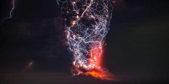 eruzioni vulcaniche, vulcani, flusso piroclastico, nube piroclastica, eruzioni esplosive