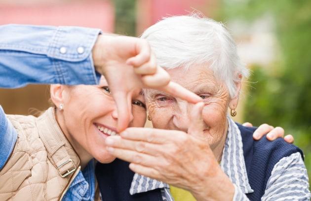 Le app che aiutano ad assistere i pazienti con demenza nelle loro case