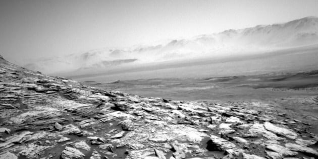 Curiosity su Marte: desolazione in bianco e nero