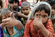 World Polio Day: eradicati due ceppi di virus su tre, ma la lotta non è finita