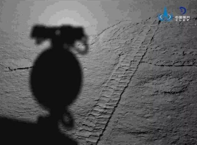 Chang'e-4 e Yutu-2: 6 foto dal lato nascosto della Luna