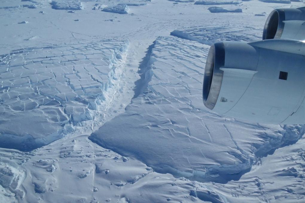 Puntellare i ghiacciai: geoingegneria estrema per l'Antartide