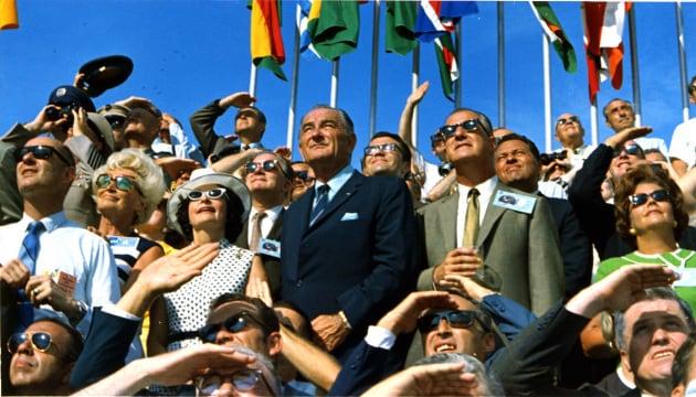 Missione spaziale Apollo 11, il mito del consenso totale