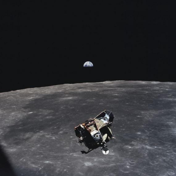 Apollo 11: il modulo lunare Eagle fotografato da Michael Collins dal Columbia