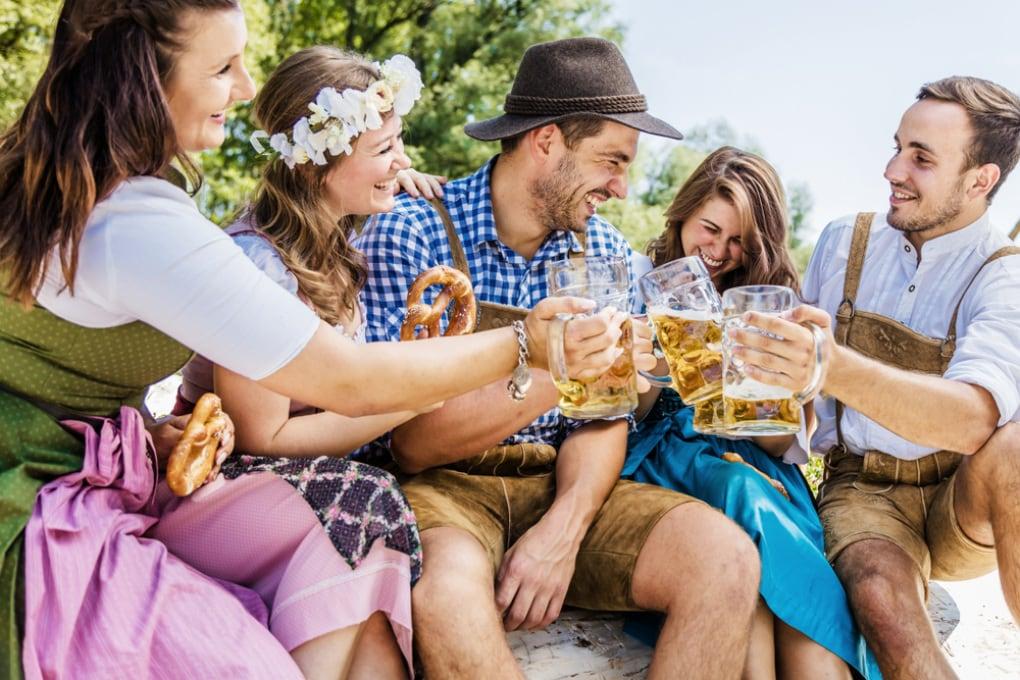Birra, salsicce ed effetto serra: quanto inquina l'Oktoberfest?