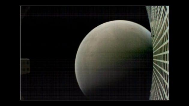 Arrivederci, InSight: la foto di commiato dei CubeSat