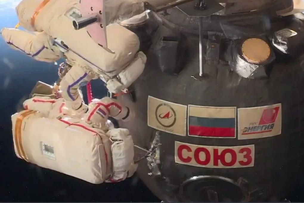 La Soyuz ispezionata in una delicata