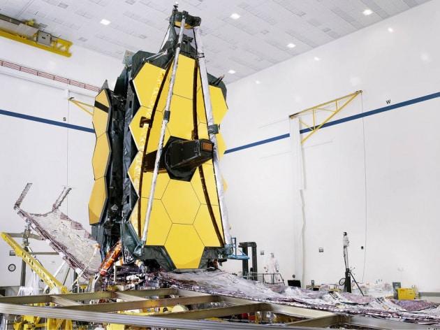 Il telescopio spaziale James Webb è completo