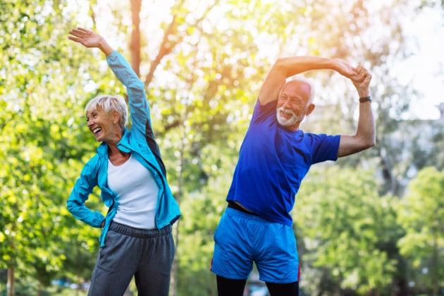 Vivere a lungo o invecchiare bene? Le due strade potrebbero essere geneticamente separate